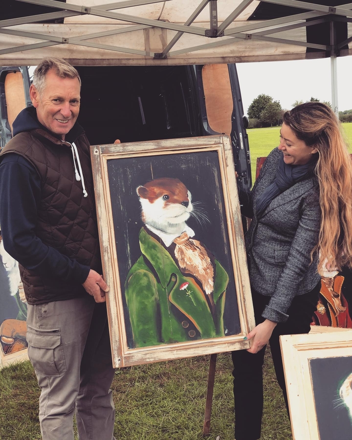 Antiques News & Fairs - Emma Martin finds her centre-piece at iacf Newark Antiques Market!