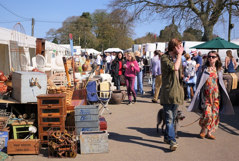 Antiques News & Fairs - The Ardingly International Antiques & Collectors Fair - 23 - 24 April 2019