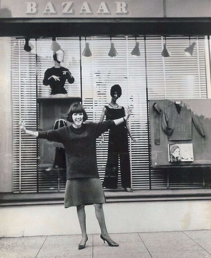 Antiques News & Fairs - Swinging London: A Lifestyle Revolution Exhibition to open 8 February