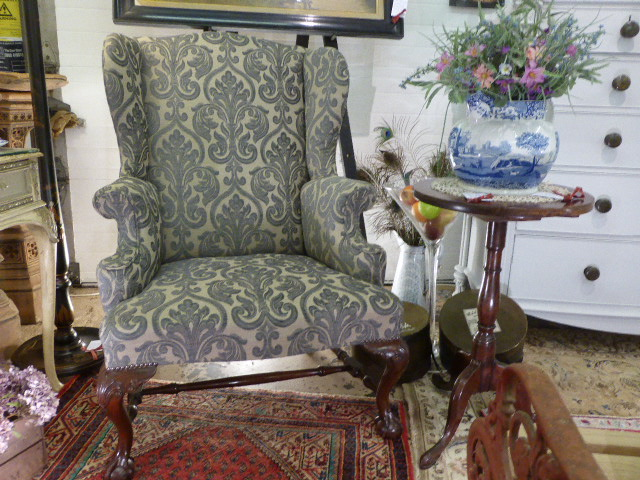 Antiques News - Antique Fair - Stonyhurst College Antiques & Fine Art Fair